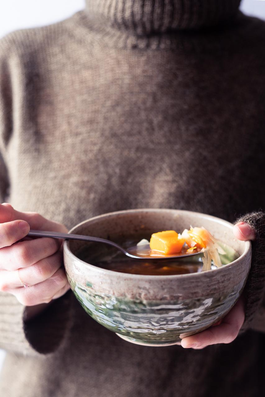 Descrizione proprietà e benefici del miso. Ricetta della zuppa di miso.